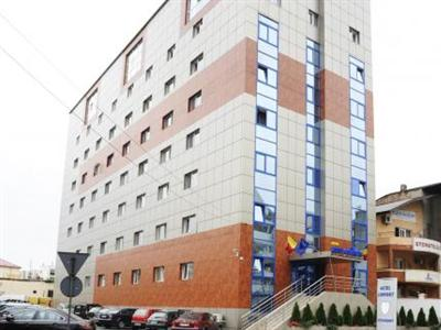 Conditii Hotel Confort Traian Bucureşti Business Center, Room Service, High-speed Internet, Restaurant, Parking, Airport shuttle, Concierge, Massage / Beauty Centre, Elevator / Lift, 24 Hour Reception, Dry Cleaning, Air Conditioned, […]