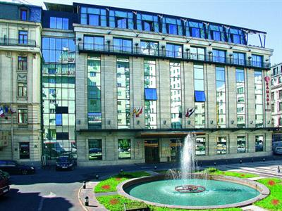 Conditii Hotel Ramada Majestic Bucureşti Business Center, Room Service, High-speed Internet, Fitness Room/Gym, Parking, Swimming pool, Airport shuttle, Disabled Access, Concierge, Valet Parking, Tour Desk, Massage / Beauty Centre, Elevator […]