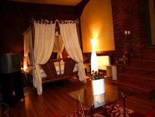 Conditii Villa Marchisa Bucureşti Business Center, Pet Friendly, Airport shuttle, Dry Cleaning, Air Conditioned, Non-Smoking Rooms, Mini Bar, Cable / Satellite TV, Bath / Hot Tub, Kitchenette, Coffee / Tea […]