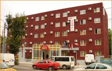 Conditii Hotel Est Bucureşti Business Center, Room Service, Parking, Pet Friendly, Concierge, Elevator / Lift, Dry Cleaning, Air Conditioned, Safe-Deposit Box, Mini Bar, Cable / Satellite TV, Bath / Hot […]
