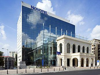 Conditii Hotel Novotel Bucharest City Centre Business Center, Room Service, High-speed Internet, Fitness Room/Gym, Parking, Swimming pool, Pet Friendly, Airport shuttle, Disabled Access, Concierge, Massage / Beauty Centre, Elevator /...