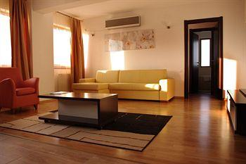 Conditii Apartamente Monte Carlo Palace Apart Hotel Bucureşti Business Center, Room Service, High-speed Internet, Fitness Room/Gym, Parking, Airport shuttle, Concierge, Massage / Beauty Centre, Elevator / Lift, Dry Cleaning, Air […]