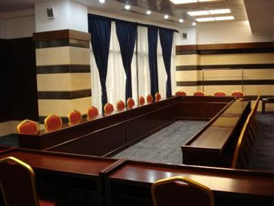 Conditii Hotel Royal Bucureşti Business Center, Room Service, High-speed Internet, Parking, Airport shuttle, Disabled Access, Concierge, Elevator / Lift, 24 Hour Reception, Dry Cleaning, Air Conditioned, Non-Smoking Rooms, Banquet Facilities, […]