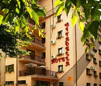 Conditii Hotel Citadella Bucureşti Business Center, Room Service, High-speed Internet, Parking, Tour Desk, Elevator / Lift, Dry Cleaning, Air Conditioned, Non-Smoking Rooms, Banquet Facilities, Multilingual Staff, Safe-Deposit Box, Mini Bar, […]