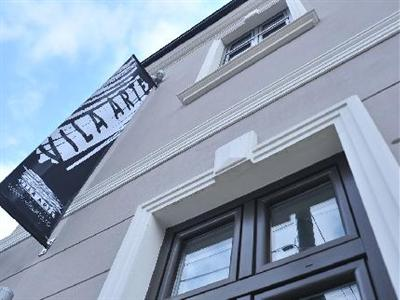 Conditii Hotel Vila Arte Bucureşti Business Center, Room Service, High-speed Internet, Fitness Room/Gym, Parking, Airport shuttle, Concierge, Elevator / Lift, Dry Cleaning, Air Conditioned, Non-Smoking Rooms, Convention Center, Multilingual Staff, […]