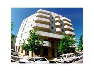 Conditii Hotel Erbas – Bucureşti Business Center, Room Service, High-speed Internet, Restaurant, Parking, Pet Friendly, Bar / Lounge, Elevator / Lift, 24 Hour Reception, Dry Cleaning, Air Conditioned, Non-Smoking Rooms, […]
