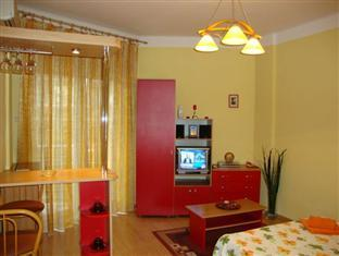 Conditii Apartamente Cristal Accommodation Bucureşti High-speed Internet, Airport shuttle, Elevator / Lift, Air Conditioned, Refrigerator, Cable / Satellite TV, Kitchenette, Coffee / Tea Maker, Microwave, TV, Desk, Jacuzzi, Internet Connection […]