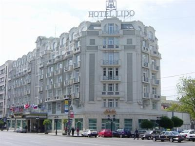 Conditii Hotel Lido Bucureşti Business Center, Room Service, High-speed Internet, Fitness Room/Gym, Restaurant, Parking, Swimming pool, Concierge, Elevator / Lift, Dry Cleaning, Air Conditioned, Non-Smoking Rooms, Currency Exchange, Safe-Deposit Box, […]