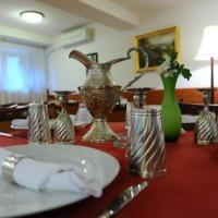 Conditii Hotel Green Forum Bucureşti Room Service, High-speed Internet, Restaurant, Parking, Airport shuttle, Bar / Lounge, Elevator / Lift, Air Conditioned, Banquet Facilities, Safe-Deposit Box, Mini Bar, Wake-up Service, Modem […]