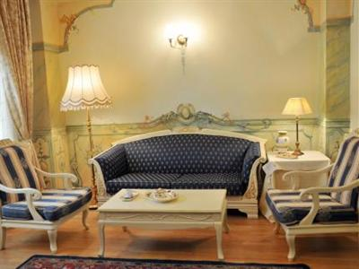 Conditii Vila Astoria Hotel Palazzetto San Pietro Room Service, High-speed Internet, Parking, Elevator / Lift, 24 Hour Reception, Air Conditioned, Non-Smoking Rooms, Medical Assistance Available, Multilingual Staff, Mini Bar, Cable […]